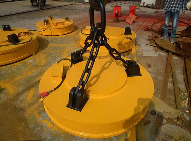 High-Frequency Series Lifting Magnet Crane for Port.jpg